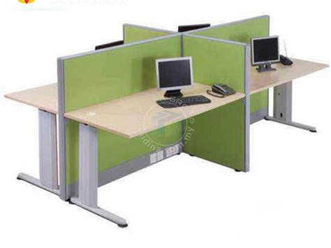 Meja Workstation workstation bersama 4 meja pembekal meja pejabat terus