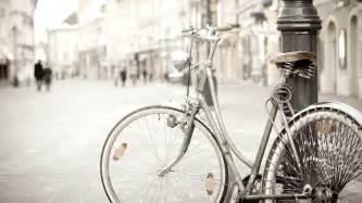 wallpaper classic bike vintage bicycle mood hd wallpaper 2560x1440px bicycle