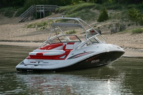 types of sea doo boats 2010 sea doo 230 challenger sp sport boat on water 12