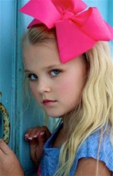 jojo siwa fan mail it s my sass jojo siwa fan fiction r5family wattpad