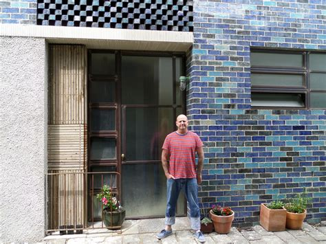 home design tv shows australia tv s grand designs australia features bricklayer s