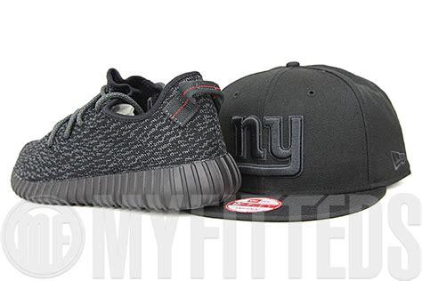 new york giants omni jet black adidas yeezy boost 350 pirate black matching new era snapback a