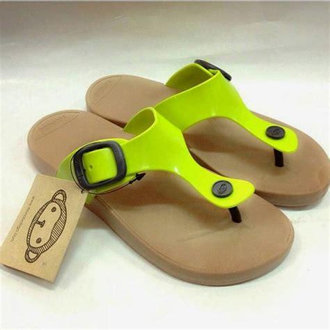 Sandal Monobo 4 By Wilokity sepatu dan sandal gadis sepatu dan sandal monobo gadis