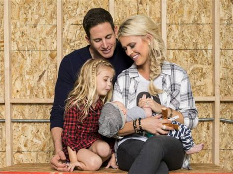 tarek and christina el moussa christina el moussa files for divorce from estranged