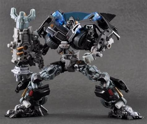 Figure Transformer Hm Ironhide new transformers of the moon voyager class ironhide figure ebay