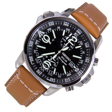 sporty watch seiko ssc081p1 solar chronograph