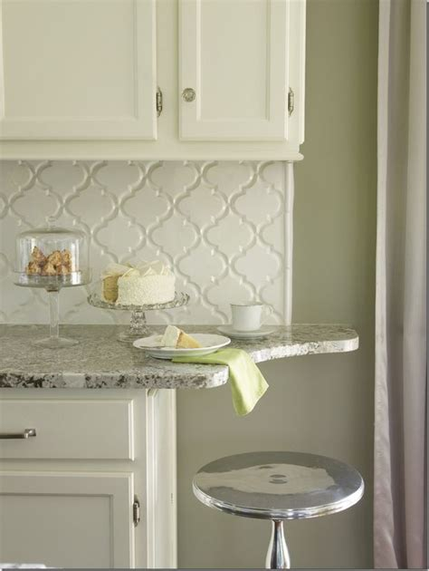 snow white arabesque glass mosaic tiles kitchen 25 best ideas about arabesque tile backsplash on