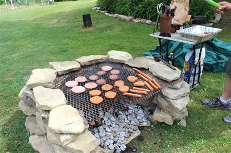 Bbq Pit Backyard She Lays Out 40 Old Stones In Her Backyard Now Look When