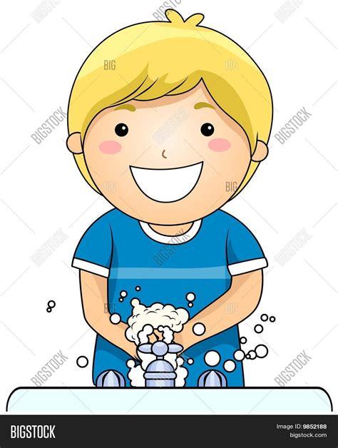 imagenes niños lavandose las manos ni 241 o lav 225 ndose las manos fotos stock e im 225 genes stock