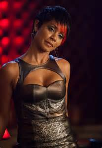 gotham adds jada pinkett smith to its list of rogues ten moments that mattered gotham introduces fish mooney dc