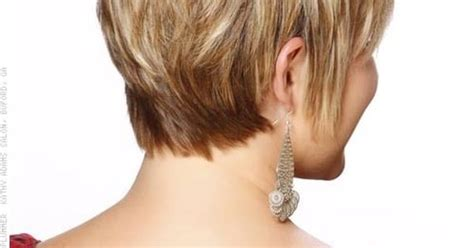 how to pull a comb hairstyle when hair is d comb bangs forward and to the side so