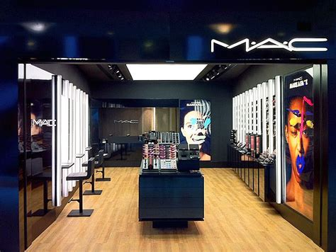 Lipstik Shop loja mac cosmetics no shopping leblon no via fal visual merchandising