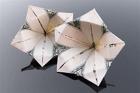 Origami Flower From Dollar Bill - craig folds five manipulates money into amazing origami