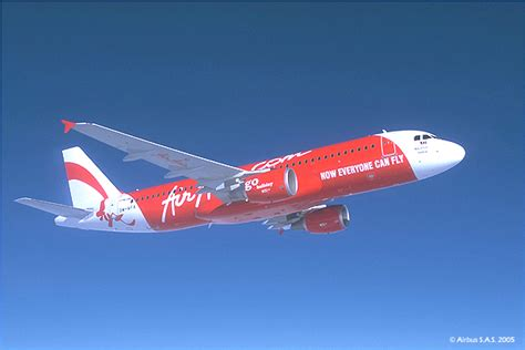 airasia indonesia customer service airasia becomes largest a320 customer at flightstory net