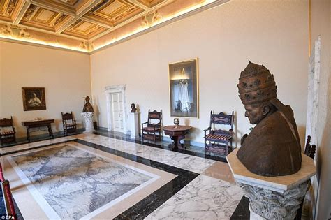 pope francis bedroom luxurious papal apartments that pope francis refused to