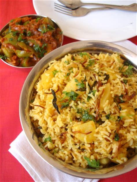 Kitchens Of India Hyderabadi Biryani Recipe Dum Aloo Biryani Aloo Biryani Recipe Aloo Dum Biryani Recipe