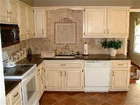 Antique Finish Kitchen Cabinets Antiqued Kitchen Cabinets Pictures And Photos