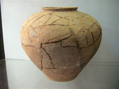 images of pottery file cattien pottery burial jar 2 png wikimedia commons