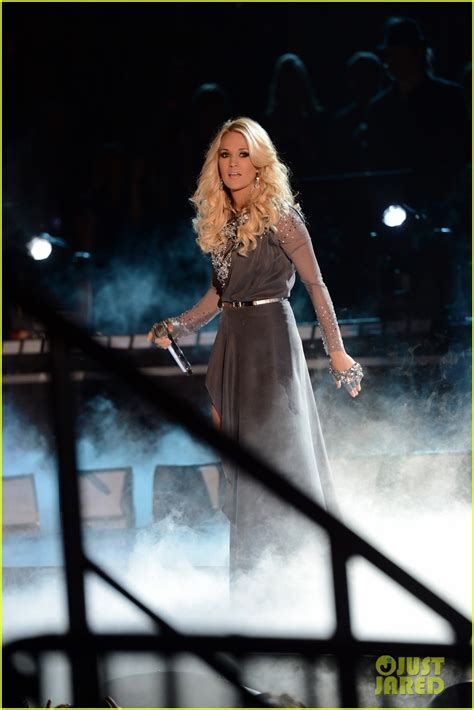 carrie underwood blown away live mp carrie underwood blown away live performance at cmas