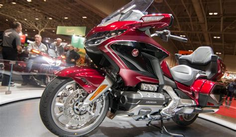 2020 honda motorcycle lineup 2020 honda motorcycle lineup has something for everyone