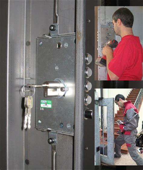 cambio serrature porte blindate fabbro pronto intervento 24h su 24h