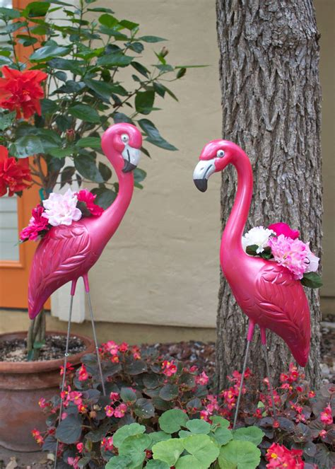 Flamingo Planter by Make Flamingo Planters For Your Summer Decorating