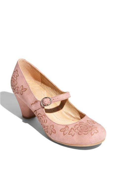 most comfortable mary jane shoes mary jane pumps dusty rose and most comfortable shoes on