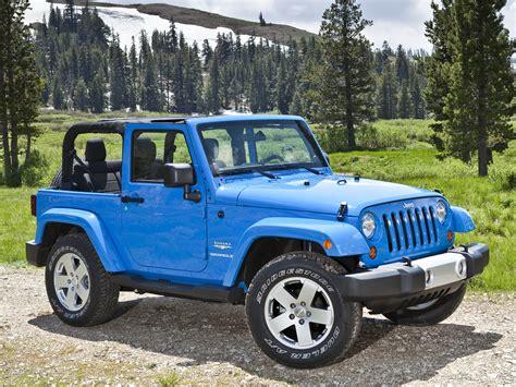 blue jeep 2 door wrangler 3 door 2nd generation wrangler jeep