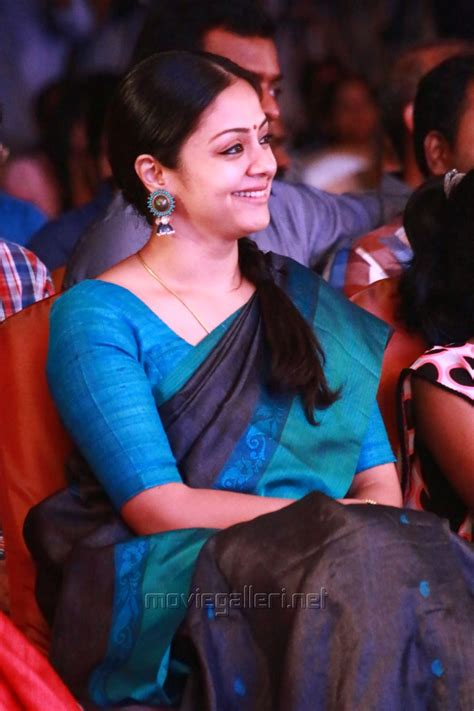 actor delhi ganesh daughter picture 848974 actress jyothika 36 vayathinile movie