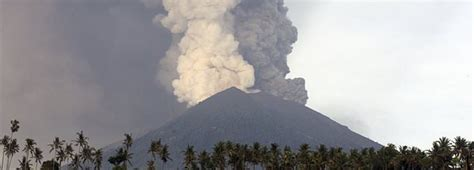 airasia volcano airlines limit bali flights to guard against volcanic ash