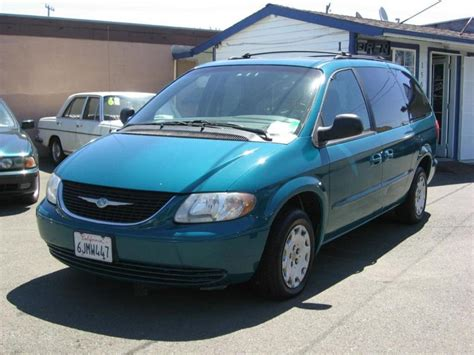 Chrysler Town And Country 2002 by 2002 Chrysler Town And Country Information And Photos