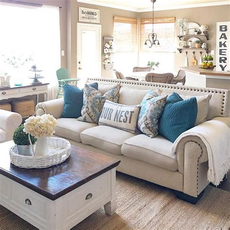 25 Best Ideas About Farmhouse Living Rooms On Pinterest Ideas Of Living Room Decorating 2