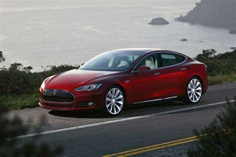elon musk says tesla model s can easily float on water