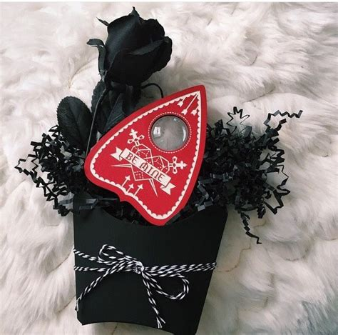 easy diy gothic gifts the world s catalog of ideas
