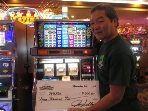 big winners  fremont casino  las vegas fremont casino