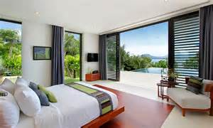 resort home design interior dormitorio con grandes ventanales alto lago privada