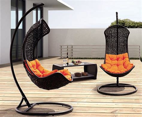 swinging on chair clove balanced porch swinging chair 187 gadget flow