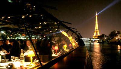 bateau mouche le zouave service etoile bateaux parisiens