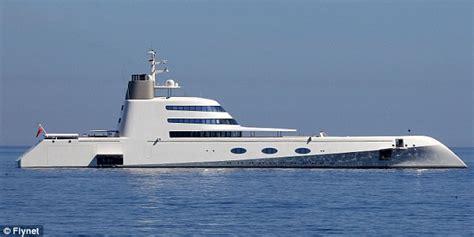 bulls bay boat cost russian billionaire s bond villain 163 300m yacht that comes