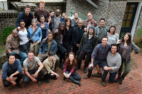 walking dead cast list march 2016 current cast 2016 walking dead newhairstylesformen2014 com