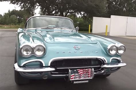 5 Gorgeous Photos To Gawk At by 5 Beautiful Classic Chevys To Gawk At Wide Open Roads