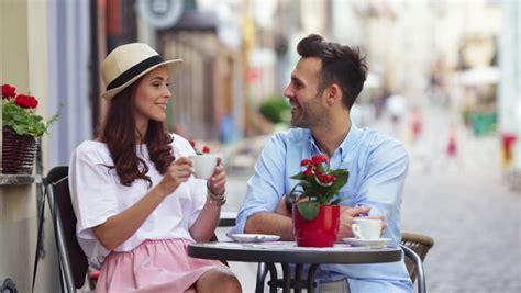 preguntas para hacerle a una mujer intimas 20 preguntas personales para conocer mejor a alguien