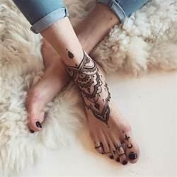 50 elegant foot tattoo designs for women for creative juice