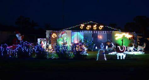 winners of the mercury s christmas lights comp illawarra