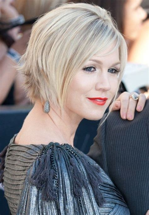 cutting shorter pieces of hair near the face 20 spicy edgy hairstyles for short hair hairstyle for women