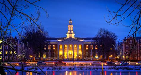 Harvard Business School Mba Curriculum by The M7 The Elite Business Schools By The Numbers