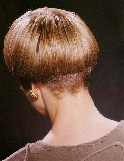 ladies haircut weight line short hairstyles with a weight line in back