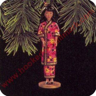 1997 dolls of the world #2 hallmark ornament