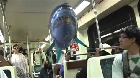 pesce volante radiocomandato air swimmers squalo volante radiocomandato