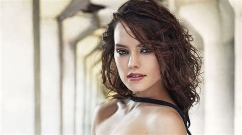 wallpaper hd hot daisy ridley hot 2017 wallpapers hd wallpapers id 20334